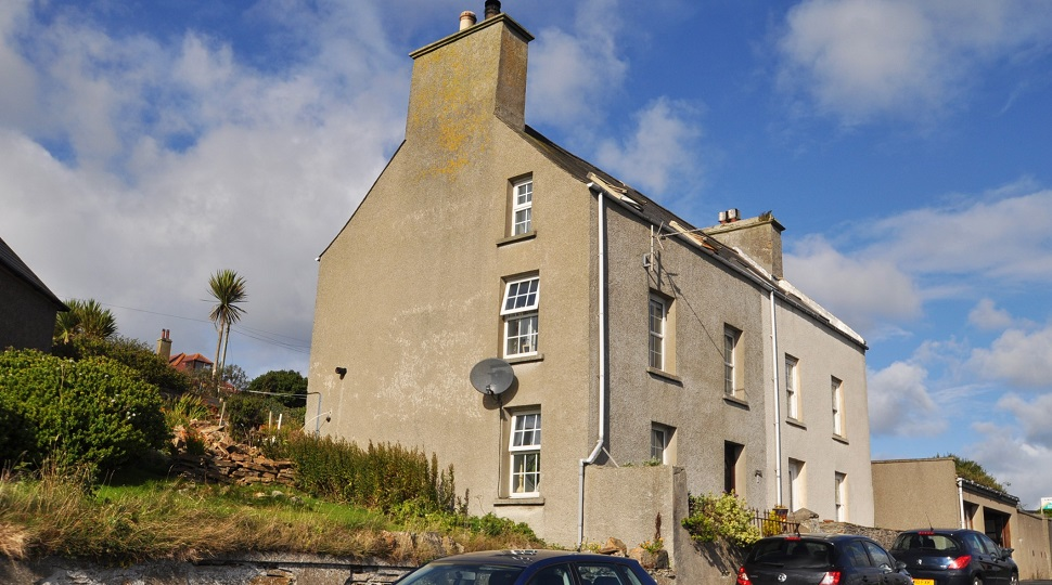 Brownsquoy, 5 Ness Road, Stromness, KW16 3DL