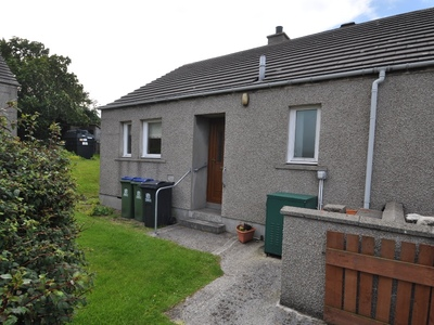 6 Wards Park, St Margaret's Hope, South Ronaldsay, KW17 2TS