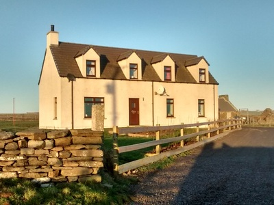 Lochside – extending to 3 acres or thereby, Brough, South Ronaldsay, KW17 2RW
